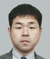 出典:http://www.yomiuri.co.jp/election/shugiin/2012/profile/photo/YRYA13003XXX005K_1.jpg