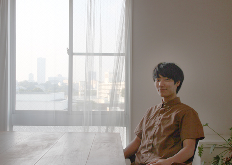 出典:http://white-screen.jp/white/wp-content/uploads/2015/08/ws_okuyama_portrait_slowmotion.jpg